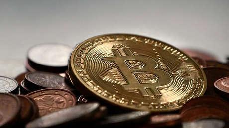 El bitcóin registra un nuevo récord de más de 6.000 dólares