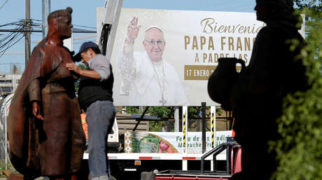 papa francisco próximas bombas serán sotana arden iglesias