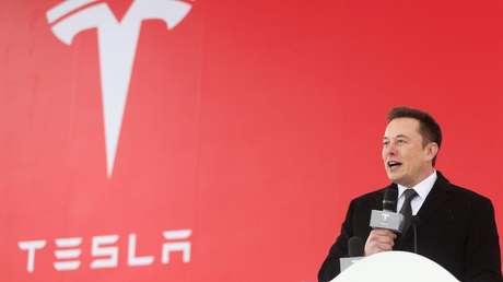 Elon Musk podría convertirse en la persona más rica del mundo a mediados de abril