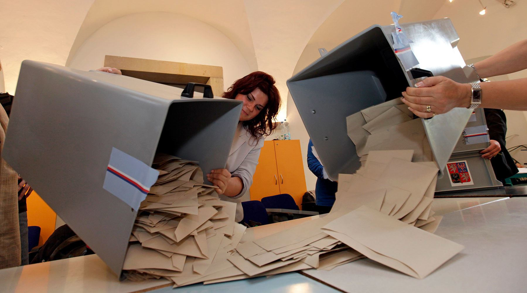 Пражская осень: как выборы в парламент Чехии повлияют на отношения республики с Москвой
