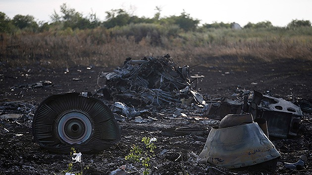 Tropas de Kiev atacan pueblos cercanos al lugar de la catástrofe del MH17