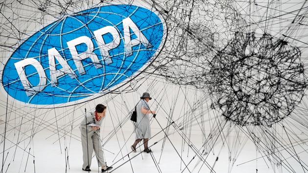 La DARPA seguirá todas las actividades humanas para predecir el 'malestar social'