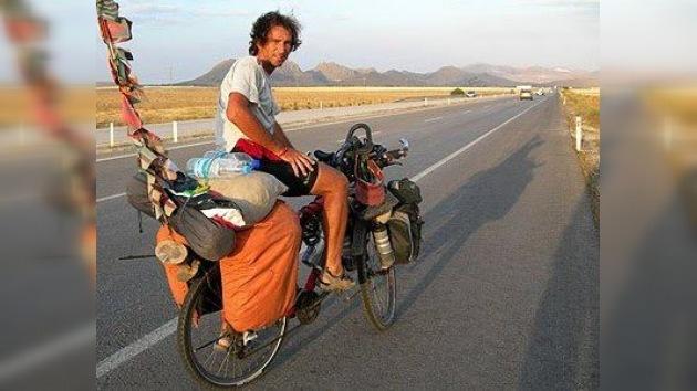 El sueño 'a piñón fijo' de Pablo: recorrer en bicicleta los cinco continentes