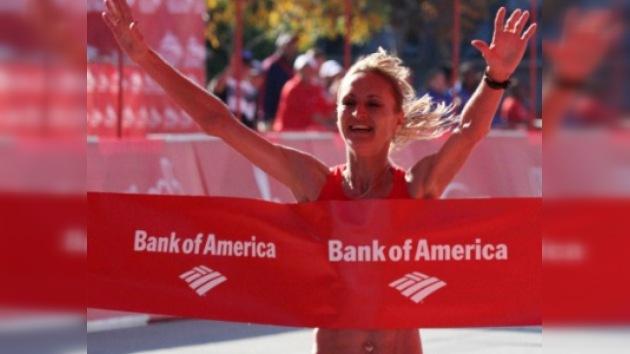 Maratón de Chicago: Lilia Shóbujova se lleva el oro por tercera vez consecutiva