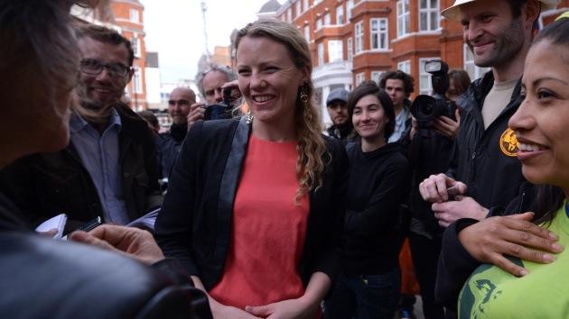 """Asesora de Snowden: """"Londres se molesta porque los periodistas hicieron su trabajo"""""""