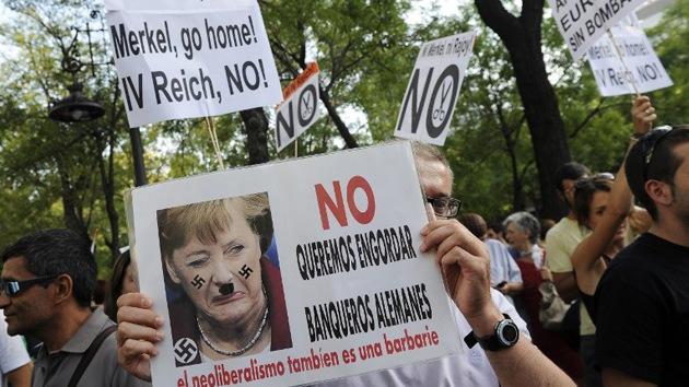 Cientos de españoles protestan contra la 'receta' económica alemana