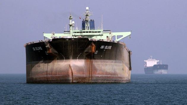 Irán podría estar usando buques petroleros 'extranjeros' para evitar las sanciones
