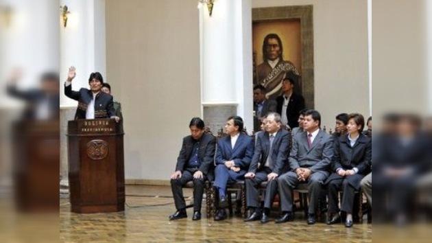 Morales sustituye a casi la mitad del Gabinete de Ministros boliviano