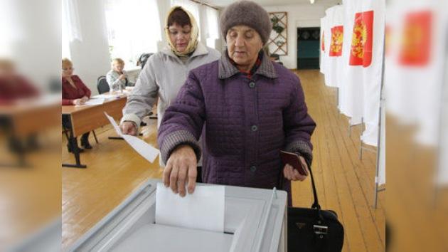En Rusia se celebran elecciones locales en 74 regiones del país