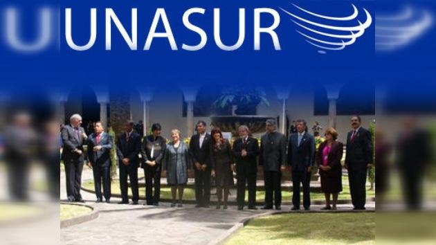 La UNASUR se reúne en Quito para adquirir vida jurídica