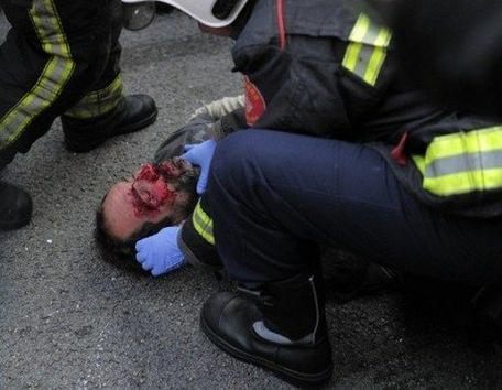 Decenas de heridos y detenidos en huelga multitudinaria en España