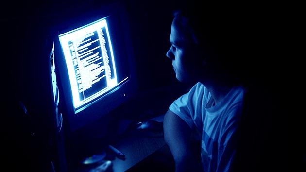 Ya es posible 'hackear' un ordenador sin Internet de forma remota
