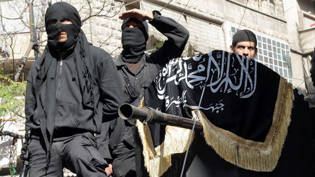 """Un británico que lucha en Siria: """"Yo izaré la bandera negra del Islam en el Big Ben"""""""