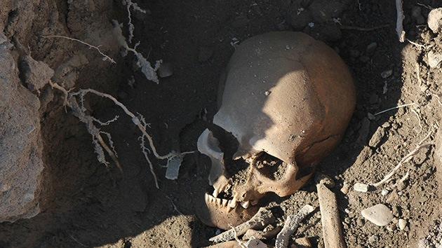 Hallan una gran cueva funeraria en Indonesia