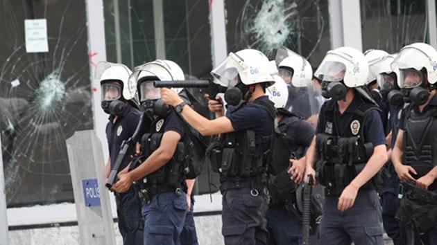 Atacan con cohetes una instalación de la Policía en la capital turca