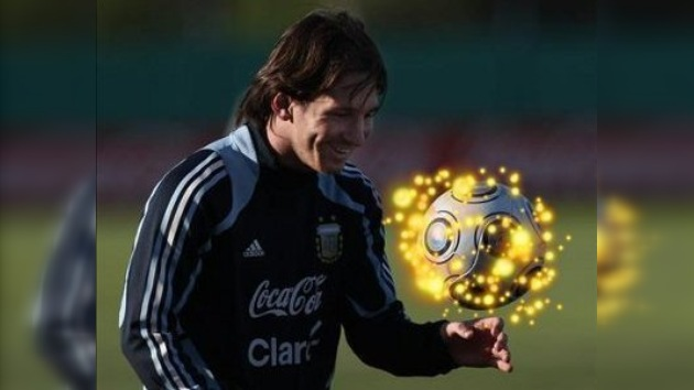 Lionel Messi obtiene el Balón de Oro 2009 con el 98,5% de los votos
