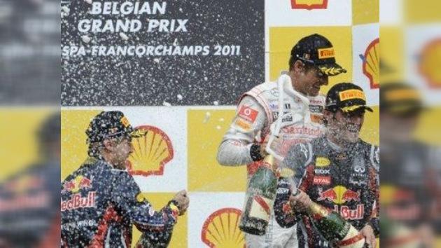 Vettel gana y Maldonado consigue su primer punto en el GP de Bélgica