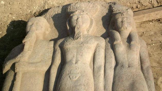 Hallan en Egipto una estatua de Ramsés II de más de 3.000 años de antigüedad