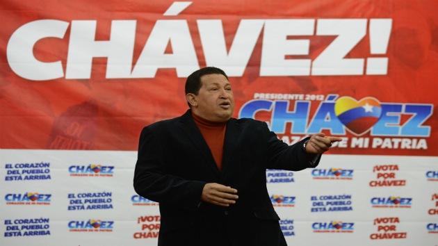 """Venezuela: Uribe 'entra en campaña' y acusa a Chavez de """"complicidad′ con las FARC"""