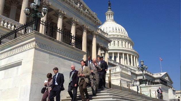 """Evacuan un edificio del Senado de EE.UU. por """"un paquete sospechoso"""""""