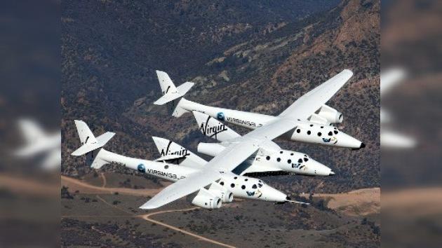 """El vuelo inaugural de la nave de turismo espacial """"Enterprise"""""""