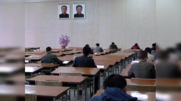 Corea del Norte envía a sus universitarios a trabajar en obras urgentes