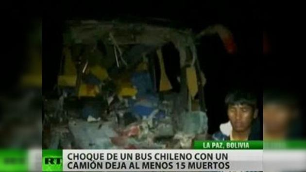 Choque de un bus chileno con un camión deja 15 muertos y 25 heridos