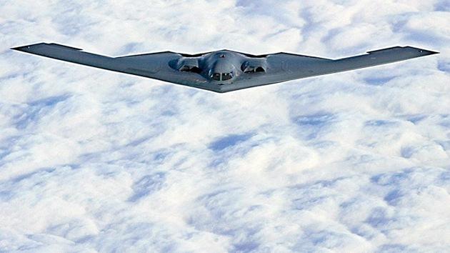 Video: EE.UU. despliega bombarderos furtivos B-2 en Europa