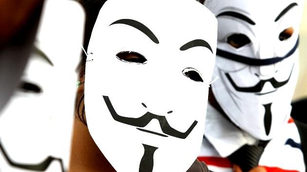 'Operación libertad para Assange': Anonymous 'derriba' la página web de los tribunales suecos