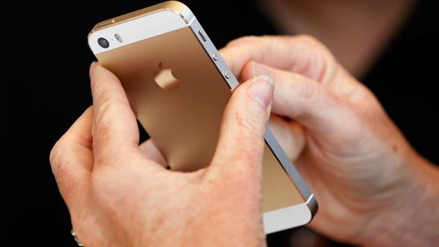 Descubren un método supereficaz para recuperar el oro de los teléfonos móviles