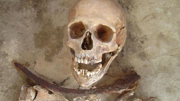 ¿Quiénes fueron realmente los 'vampiros' hallados en un cementerio de Polonia?