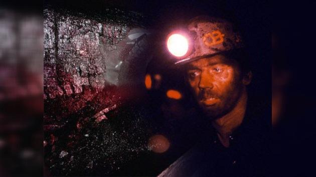 La explosión en una mina en EE. UU. deja al menos 12 muertos
