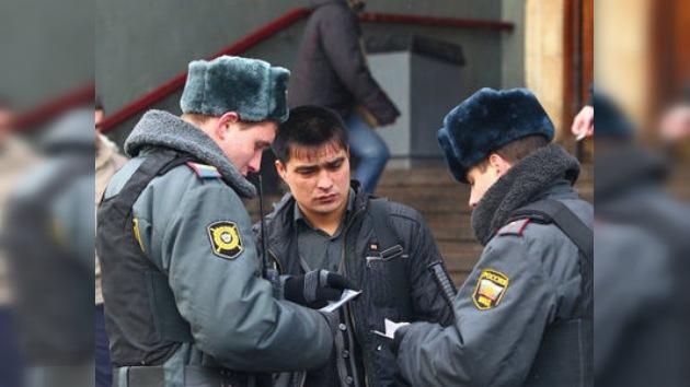 Se buscan dos sopechosos por su implicación en el atentado en  Domodédovo
