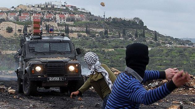 Israel dispara contra un asentamiento palestino