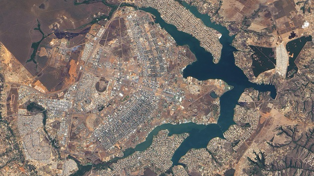 Fotos: Impresionantes imágenes de ciudades planificadas captadas vía satélite
