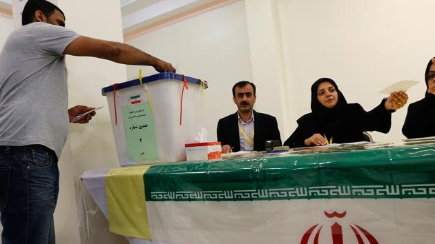 El paro, la inflación y la confrontación con Occidente marcan las presidenciales de Irán