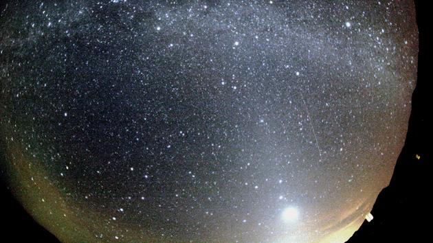 Este fin de semana se espera la intensa lluvia de meteoros Oriónidas