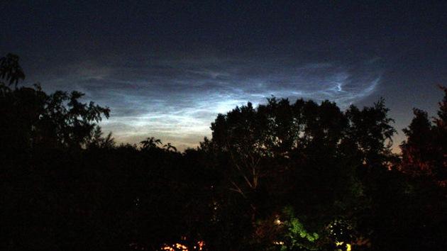 Extrañas nubes plateadas invaden el cielo de Siberia