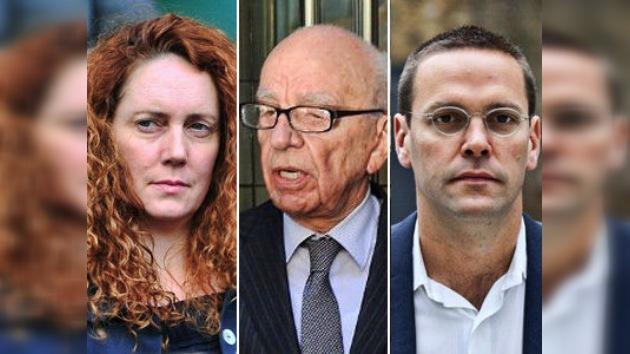 Los Murdoch 'hacen oídos sordos' a la trama de las escuchas ante el Parlamento británico