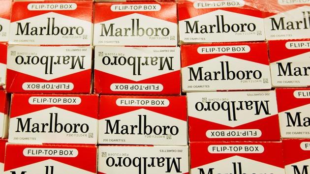 Marlboro pagará 10.100 millones dólares por engañar a los fumadores