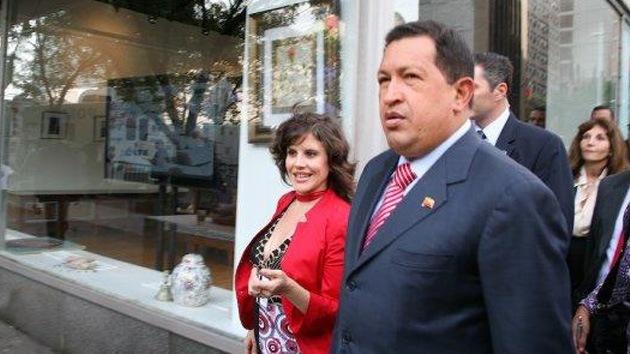 """Eva Golinger: Hugo Chávez """"es un personaje de esos que viene una vez cada 500 años"""""""
