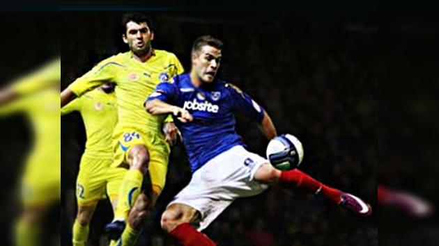 Rostov y Portsmouth juegan partido benéfico por la tragedia del Lokomotiv
