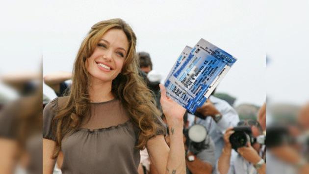 La película 'Salt' con Angelina Jolie se muestra gratis en Moscú