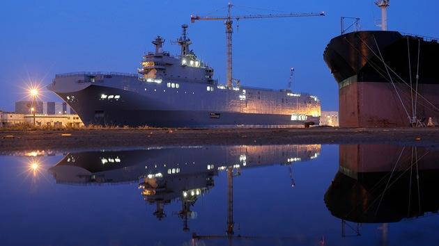 """Rusia: """"Si Francia no nos entrega el buque Mistral, lo fabricaremos nosotros"""""""