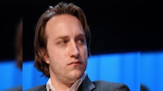 El cofundador de YouTube abandona la dirección del sitio