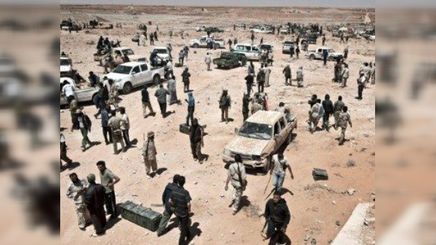 Los rebeldes libios crean un grupo especial para capturar a Gaddafi