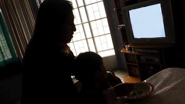 Una mujer consigue escapar de un cautiverio de 12 años en el cual tuvo 8 hijos con su captor