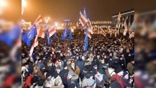 Violentas protestas opositoras coronaron la jornada electoral en Minsk
