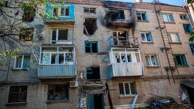 Periodistas rusos retenidos presentan ante la ONU pruebas de los crímenes de Kiev