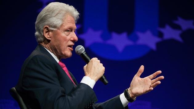 """Bill Clinton: """"Si algún día nos visitaran los extraterrestres, no me asombraría"""""""
